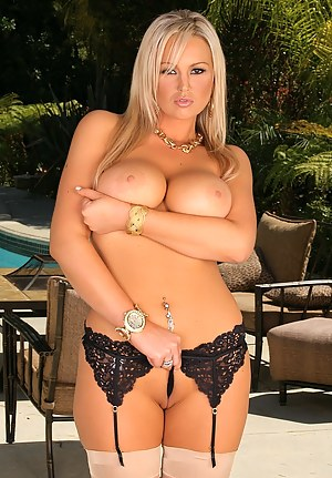 Big Tits Glamour Porn Pictures